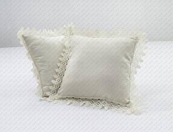 Подушка квадратімітація льону 35*35 см з декоративною тасьмою