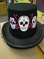 """Шляпа """"Цилиндр с черепами"""" ."""