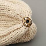 Шапка біні жіноча зимова тепла в'язана з хутряним помпоном (бежева), фото 4