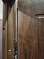 Входная дверь в частный дом темный орех, фото 2