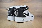 Чоловічі зимові кросівки Nike Air Force 1 Mid LV8 (біло-чорні), фото 2