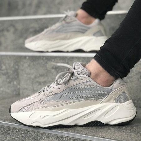 Мужские кроссовки в стиле Adidas Yeezy Boost 700 V2 White (40, 41, 42, 43, 44, 45 размеры)