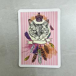 """Наклейка """"Кот с перьями и короной"""""""