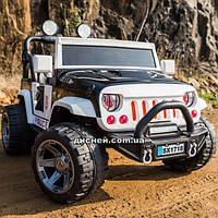 Двухместный детский электромобиль M 4077 EBLR-2-1 Jeep, кожаное сиденье, черно-белый