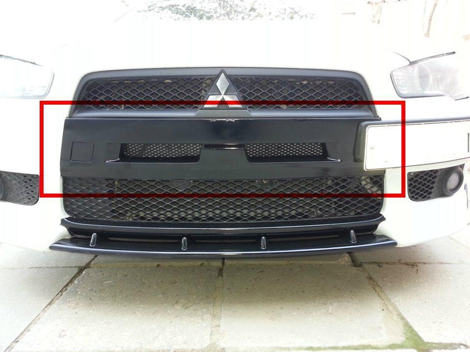 Ніздрі в передній бампер Mitsubishi Lancer X (2007-) / (з сіткою)
