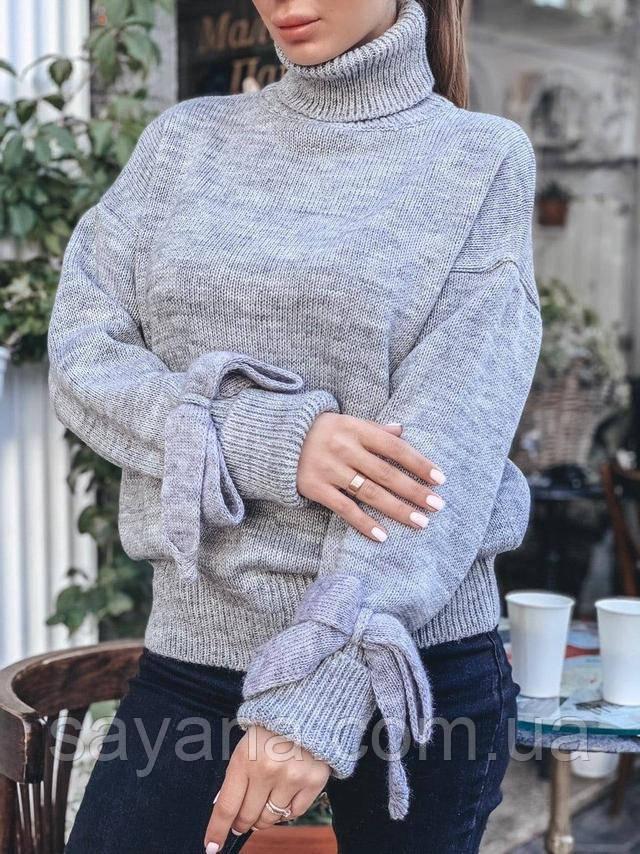 женский свитер с завязками на рукавах