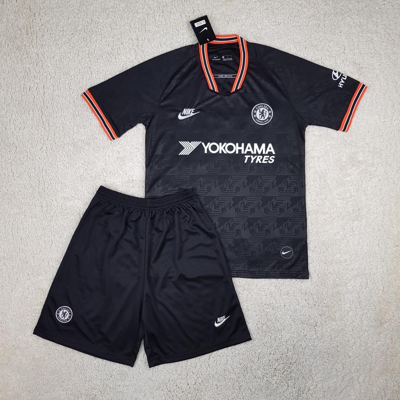 Футбольна форма Chelsea 2019-2020
