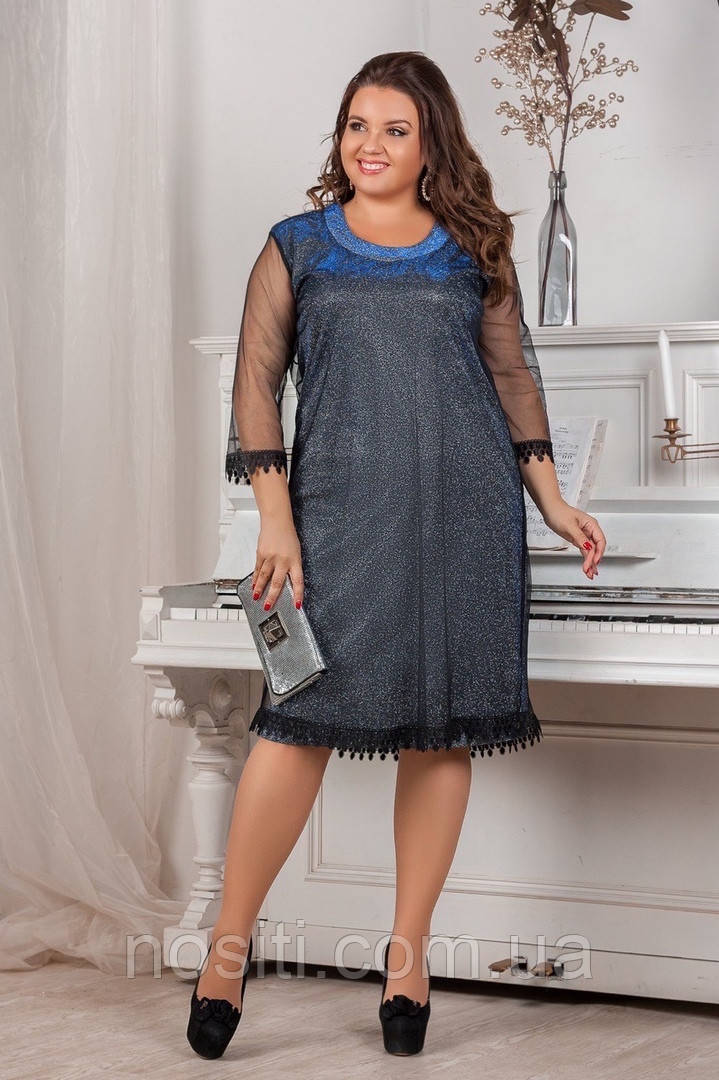 Свободное платье батал с сеткой