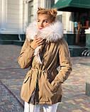 Розовая куртка парка с натуральным мехом белой арктической лисы на капюшоне, фото 7