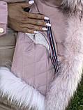 Розовая куртка парка с натуральным мехом белой арктической лисы на капюшоне, фото 6