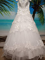 Свадебное  белое платье б/у 42-44-46 размер
