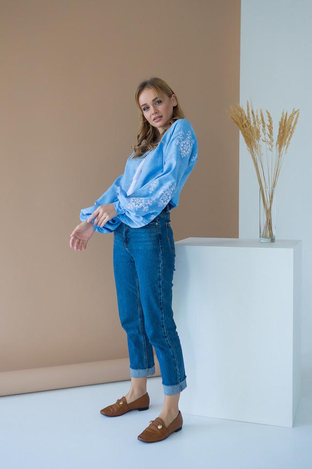 Женская вышиванка голубая Звезда