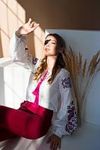 Біла жіноча вишиванка Жарптиця з малиновою вишивкою, фото 3