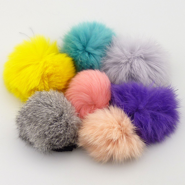 Бубоны (Помпоны) из меха кролика