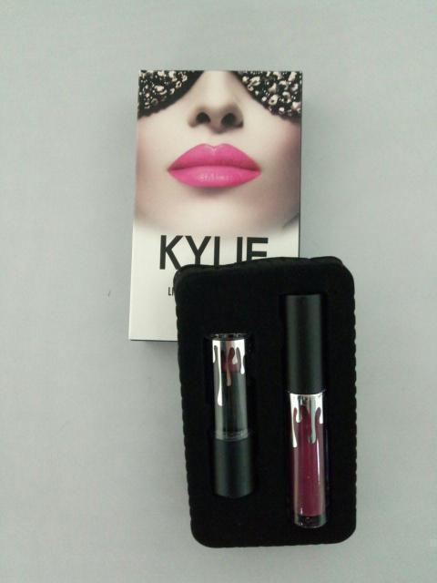 Набор Помада и Блеск В Стиле Kylie Jenner Lipstick Lip Gloss 2 in 1