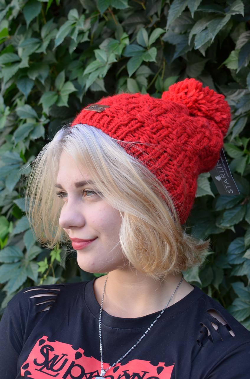Подростковая вязанная качественная шапочка с помпоном, произведена в Польше.
