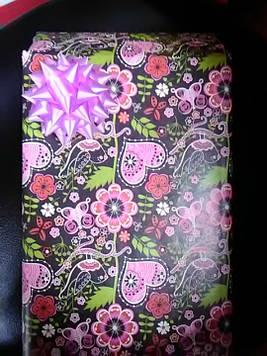 Подарочная коробочка с рисунком цветы