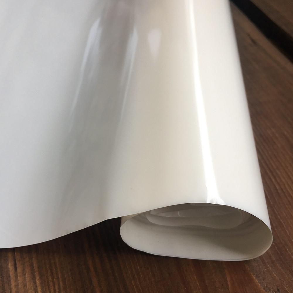 Пленка бело-перламутровая для упаковки цветов и подарков в рулоне 700мм х25м, толщина 30 мкм