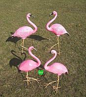 Садовая фигура Семья фламинго №1 на металлических лапах керамика