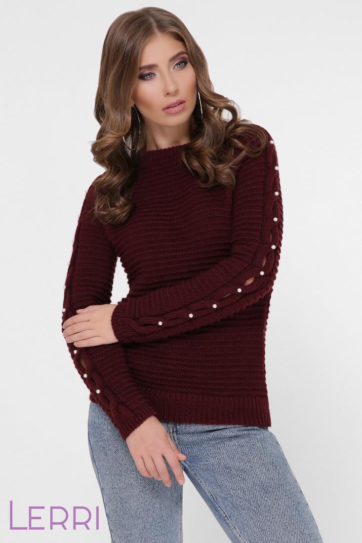 Теплый женский свитер на зиму с круглым вырезом и манжетами на рукавах