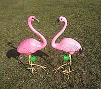 Садовая фигура Два фламинго малых на металлических лапах керамика