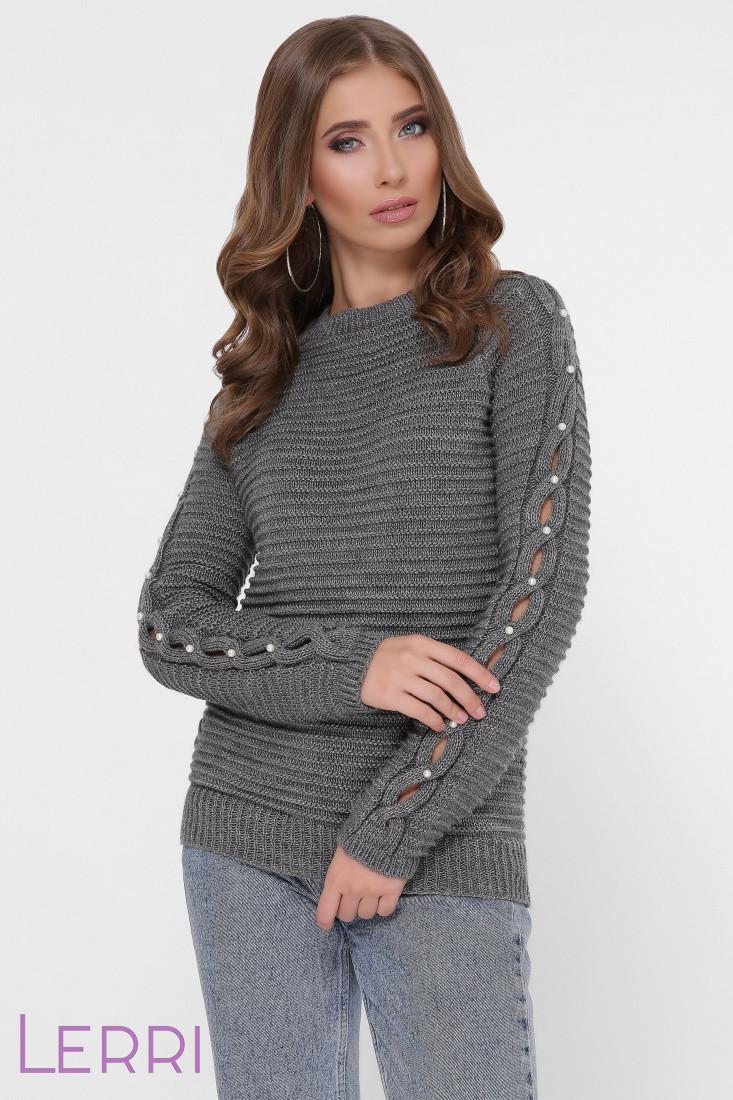 Женский свитер крупной вязки с длинным оригинальным рукавом