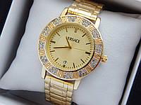 Женские кварцевые наручные часы  Versace (Версаче) на металлическом браслете, золотые - код 1590