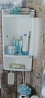 Полка угловая для ванной и душевой комнаты
