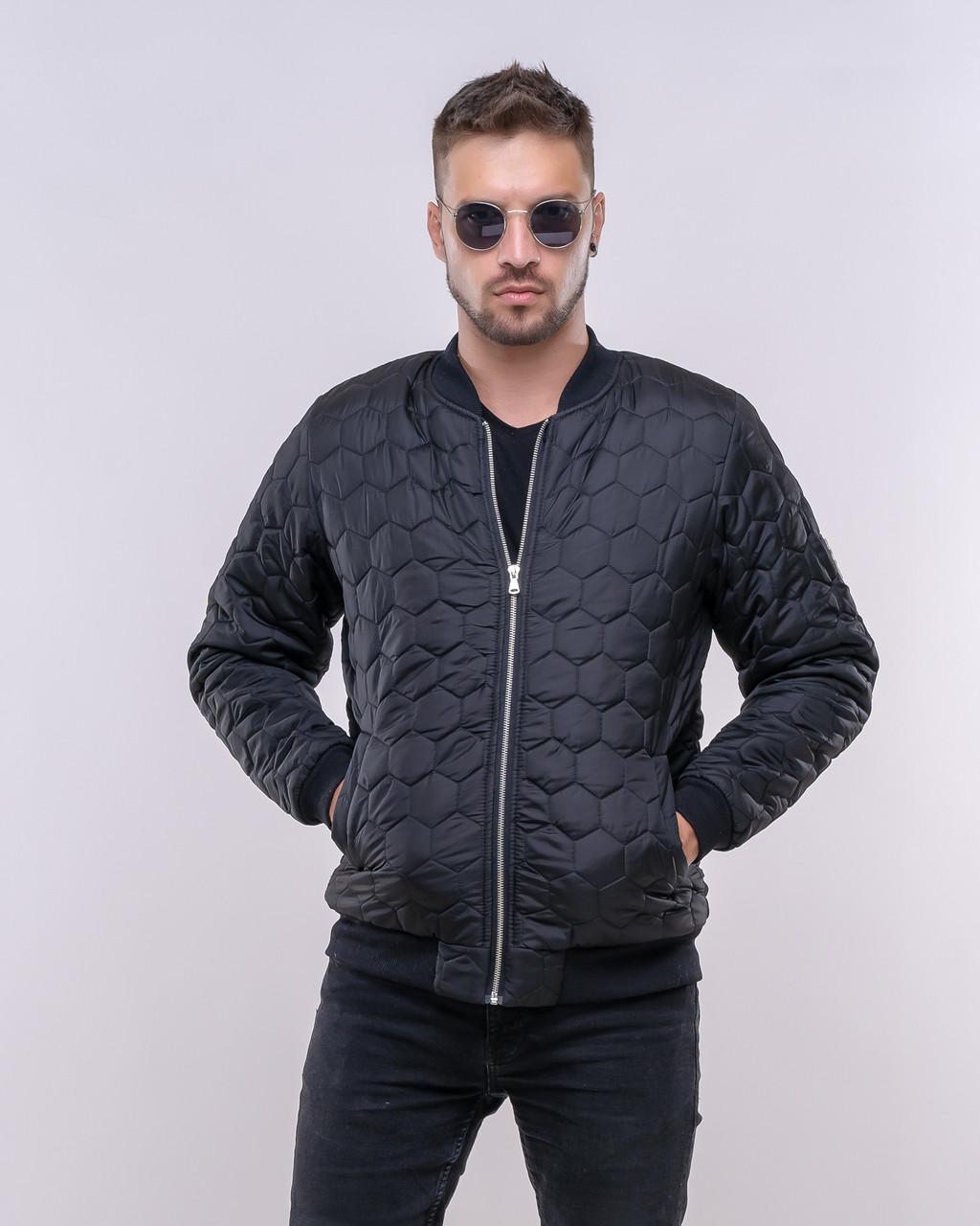 Стильная мужская куртка-бомбер
