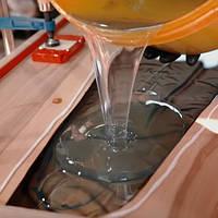 Смола эпоксидная Эд 20 эпоксидный клей для ремонта и для добавления укрепления декоративных изделий.