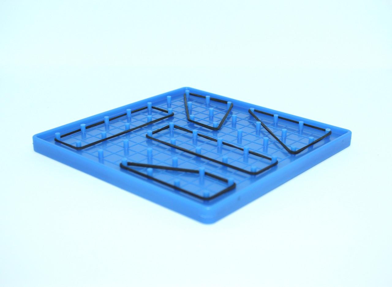 Математичний планшет (7 х 7, пластик)