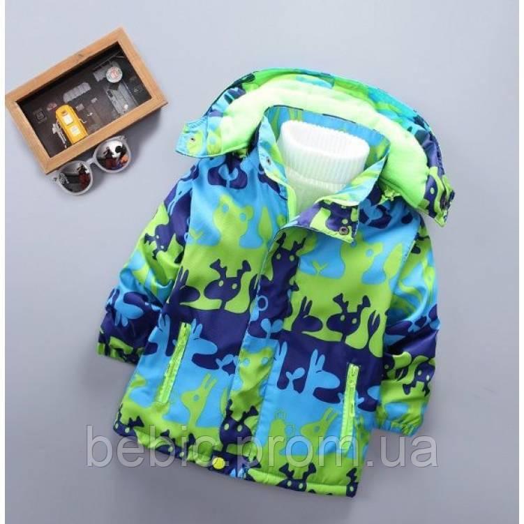 Демисезонная детская куртка на флисе Рост: 100-130 см