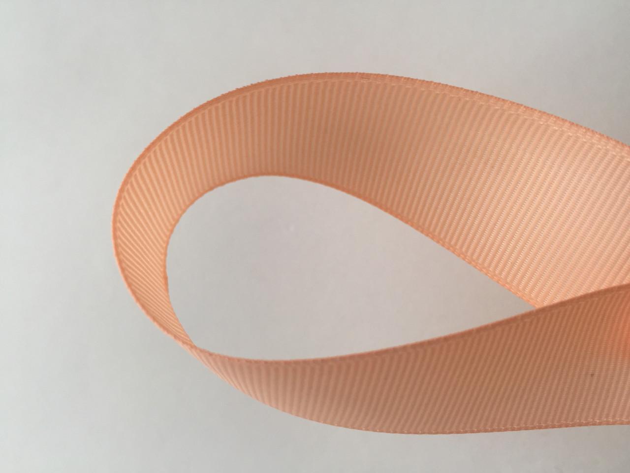 Лента репсова 2.5 см  23 м персик
