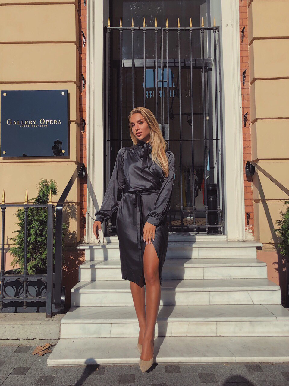 Сукня жіноча шовкове графіт, хакі, шампань