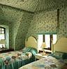Отделка стен тканью в стиле Кантри