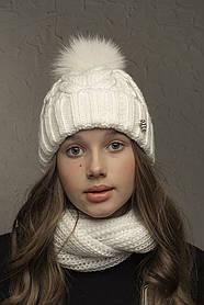 Теплая шапка с бубоном Flirt Бэкки One Size молочная