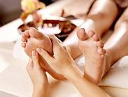 Польза и особенности выполнения массажа стоп