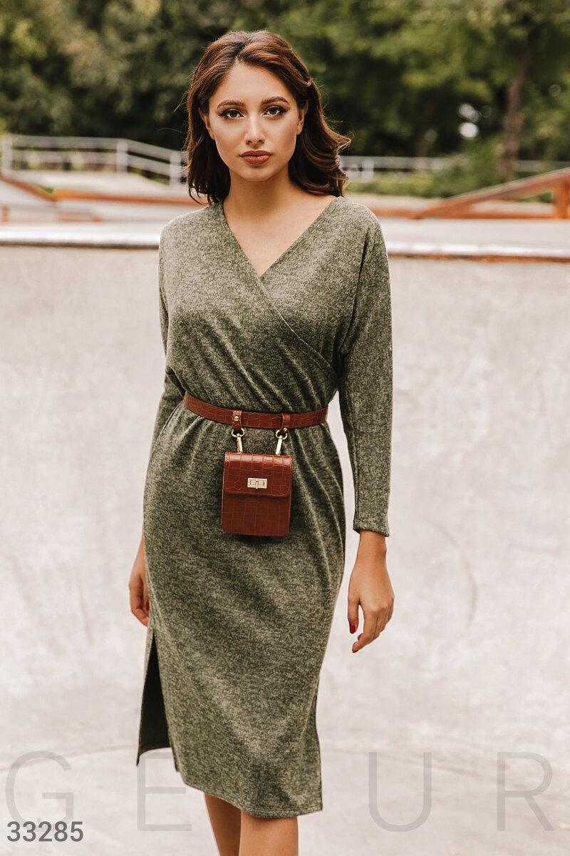 Трикотажное платье миди с поясом оливковое черное