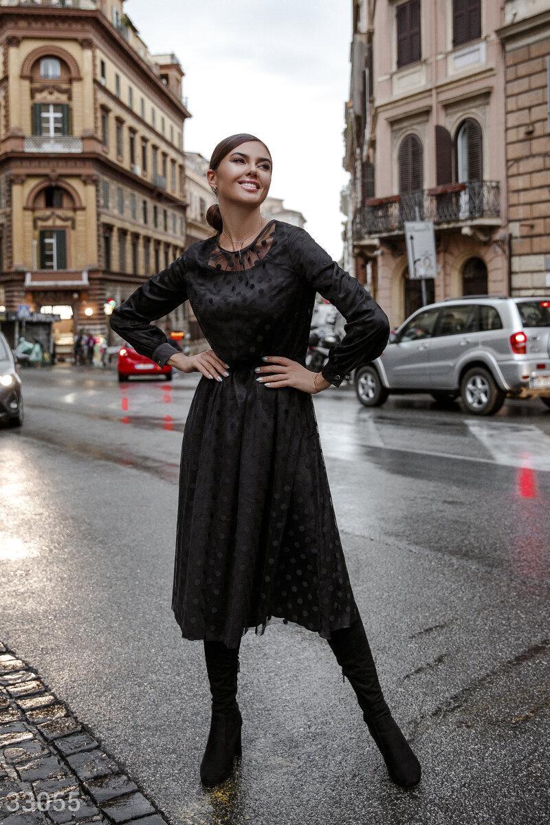 Вечернее платье длины миди в горошек черное
