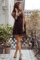 Короткое вечернее платье А-силуэта в горошек