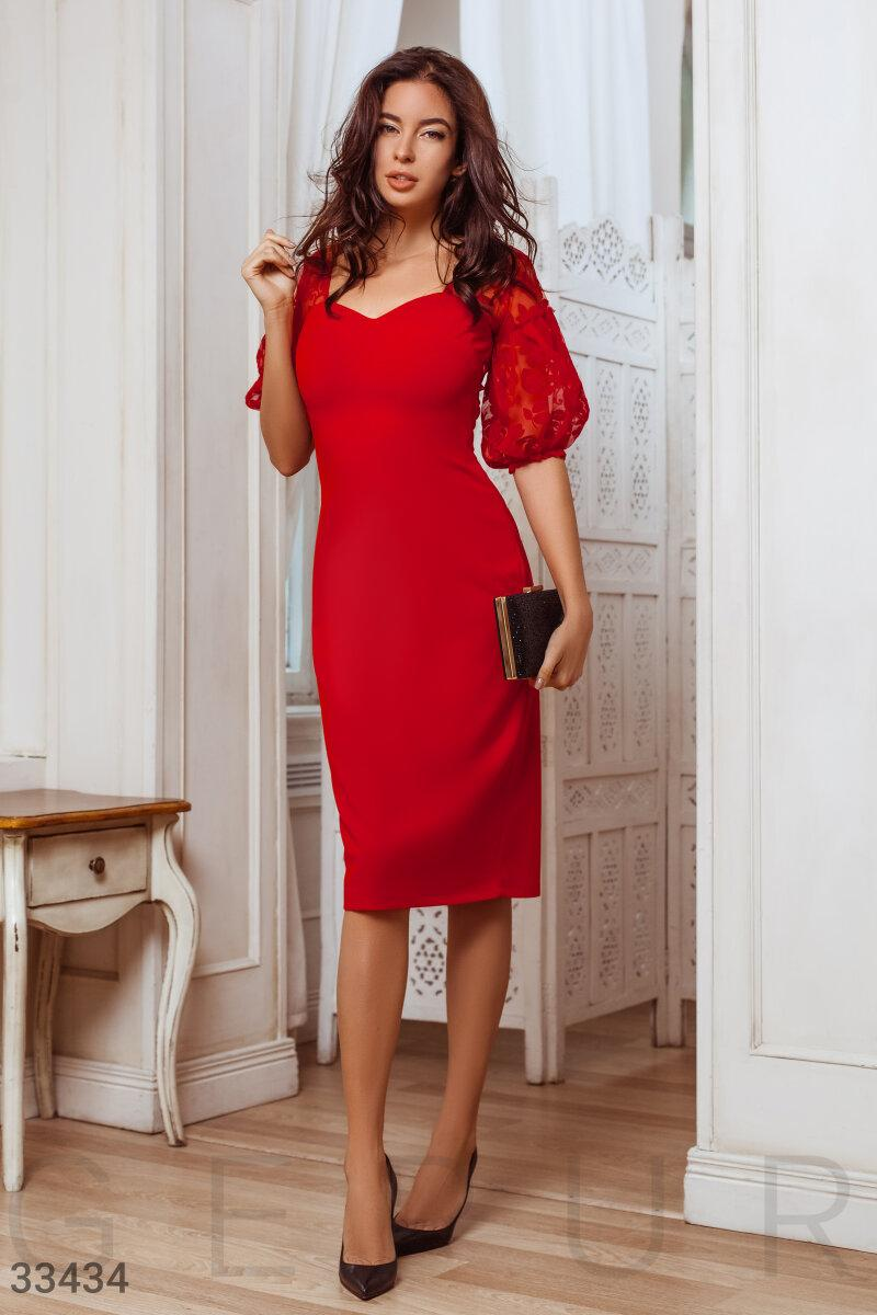 Вечернее облегающее платье миди красное