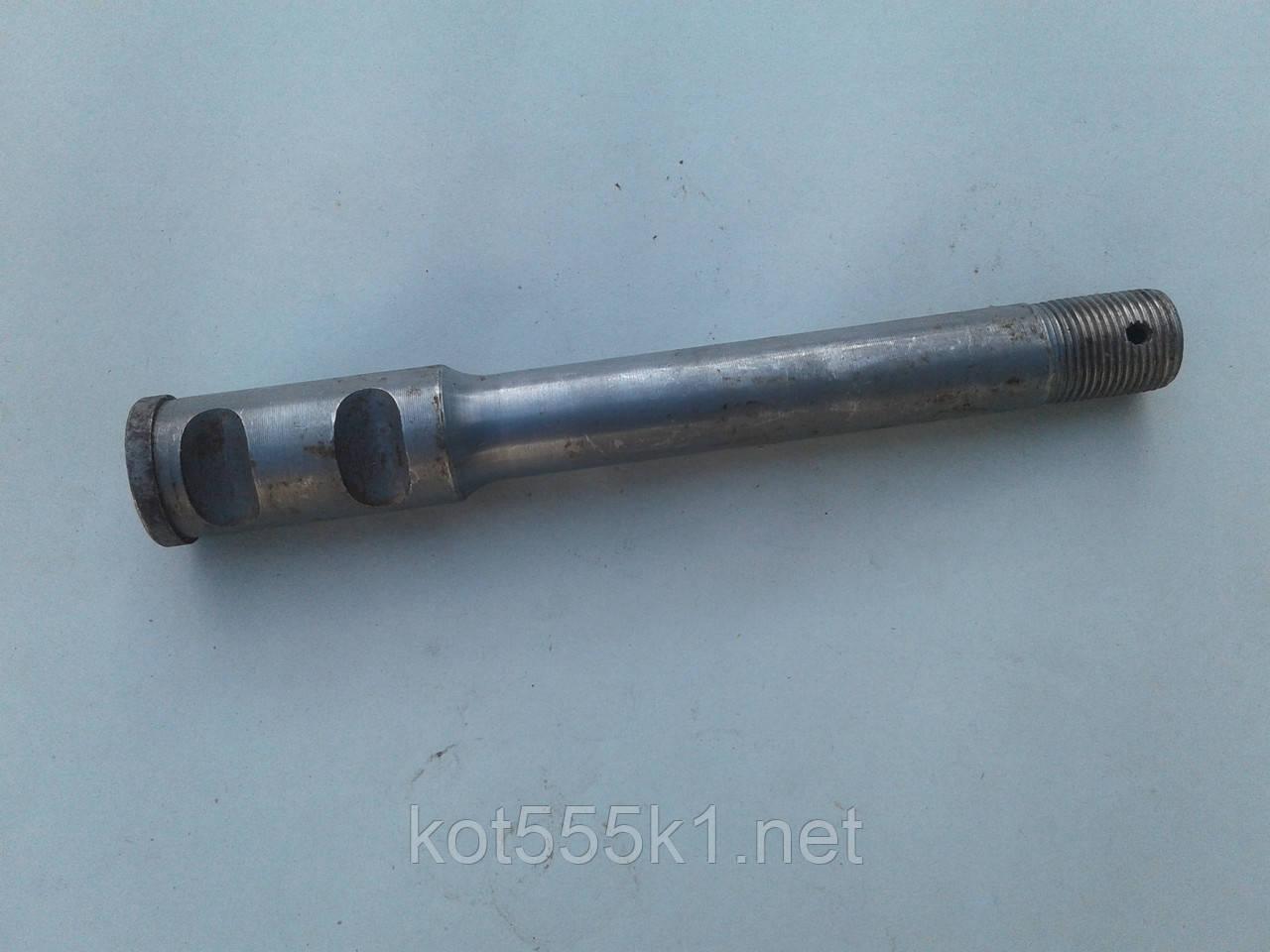 Ось колеса коляски  К-750 СССР
