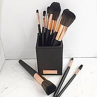 Набір пензлів з підставкою BH Cosmetics (13 шт.)