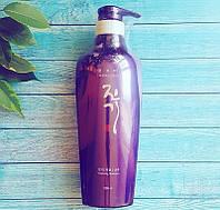 Регенерирующий шампунь Daeng Gi Meo Ri Vitalizing Shampoo 500ml (DA0101)
