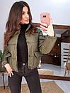 Короткая зимняя курта с воротником - стойкой и накладными карманами 66kur180Q, фото 5