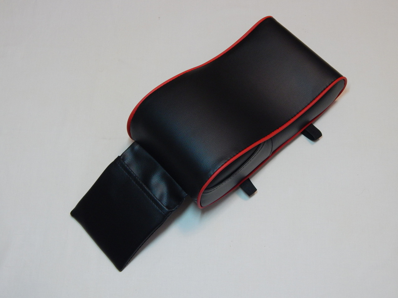 Підлокітник для салону автомобіля ZIRY штучна шкіра, чорний з червоним