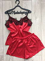 Пижама атласная женская майка и шорты красная