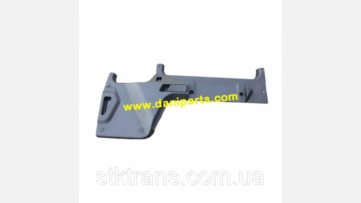 Обшивка двери R MAN F2000 - DP-MA-250-1