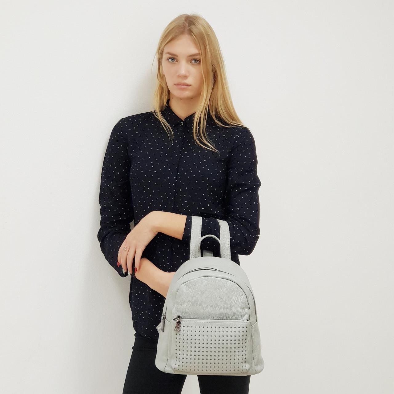 Рюкзак  женский маленькая из натуральной кожи городской  серый