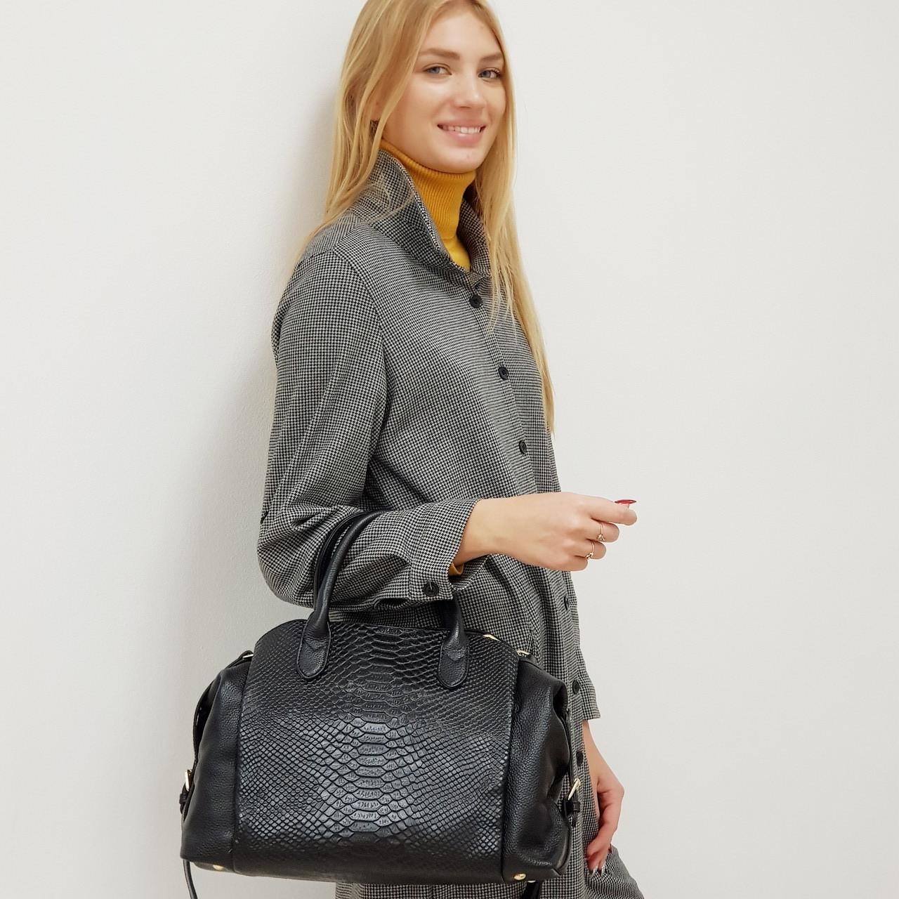 Жіноча сумка з натуральної шкіри чорна велика повсякденна